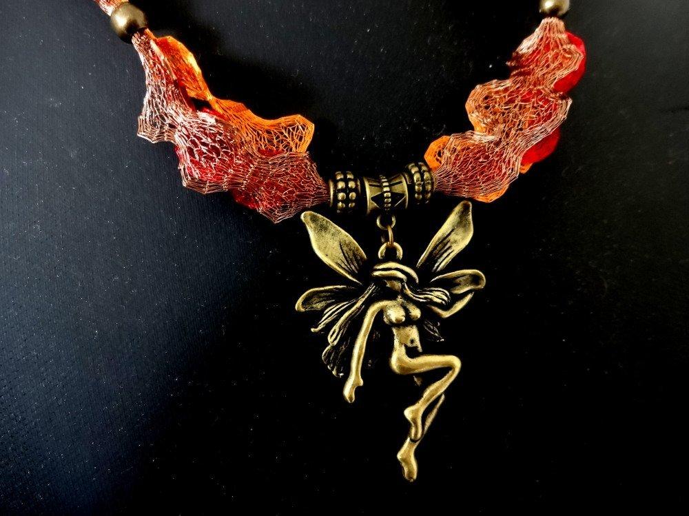 Pendentif féerique organza métallique et fée bronze