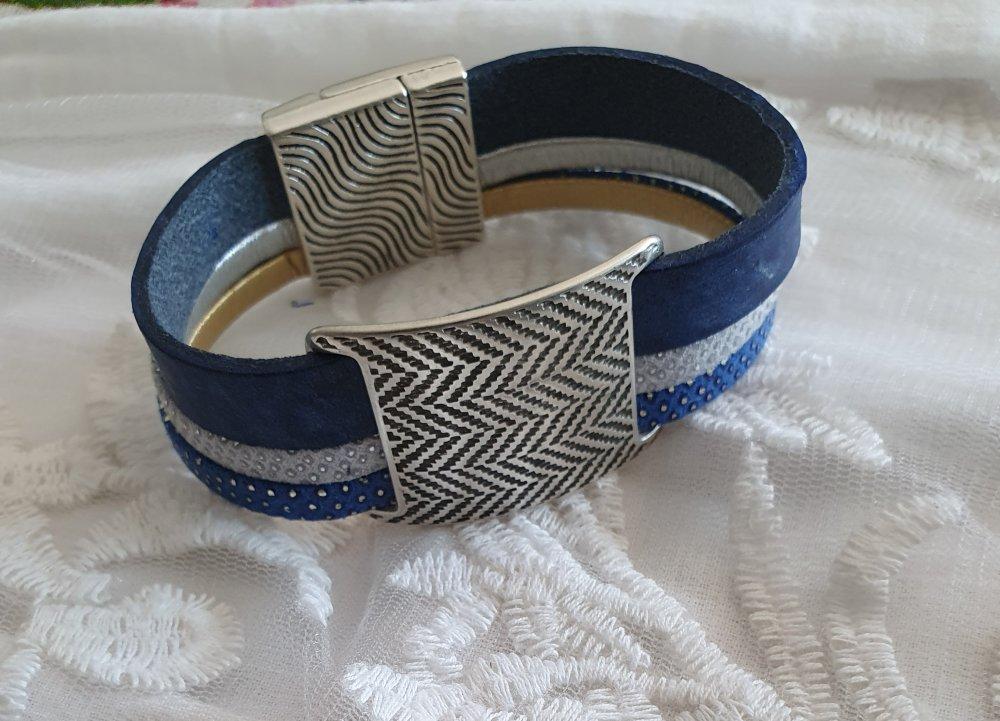 Bracelet cuir et métal argenté