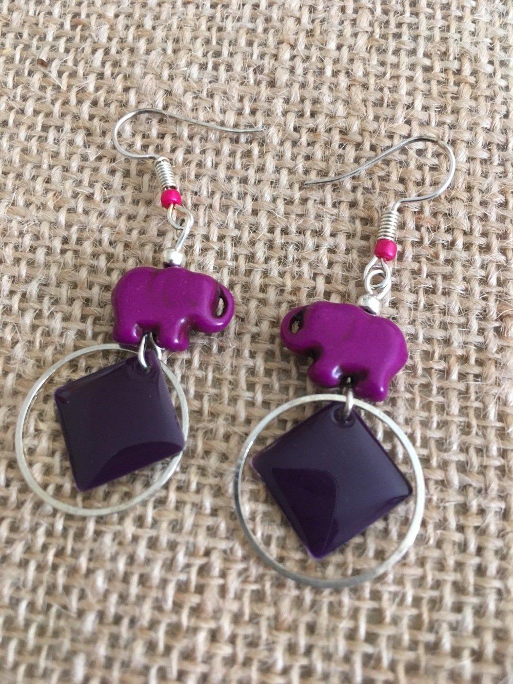 Boucles oreilles sequins violet et perles elephant - Les Bijoux de Melou