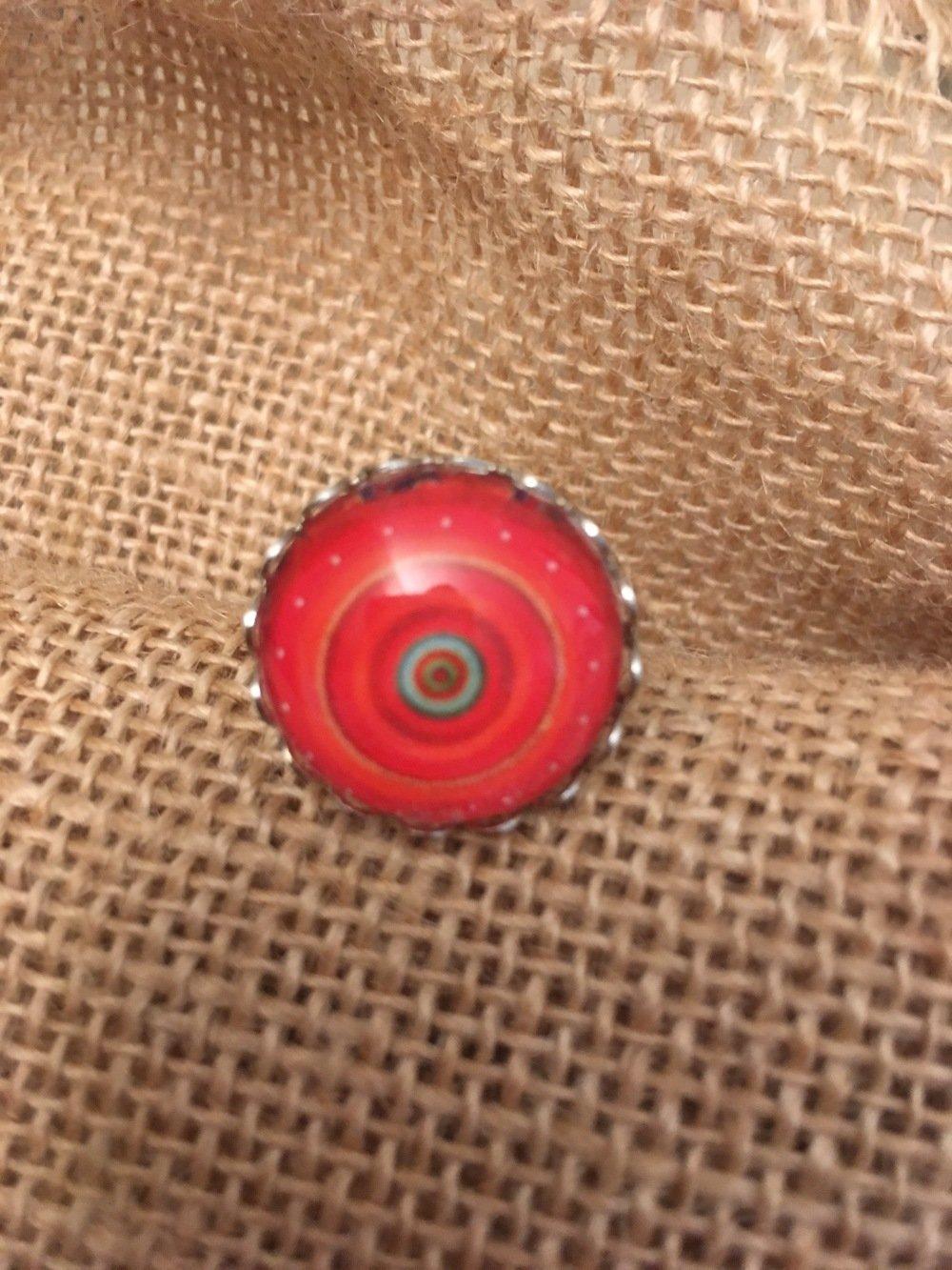 Bague réglable cabochon rouge les bijoux de Melou