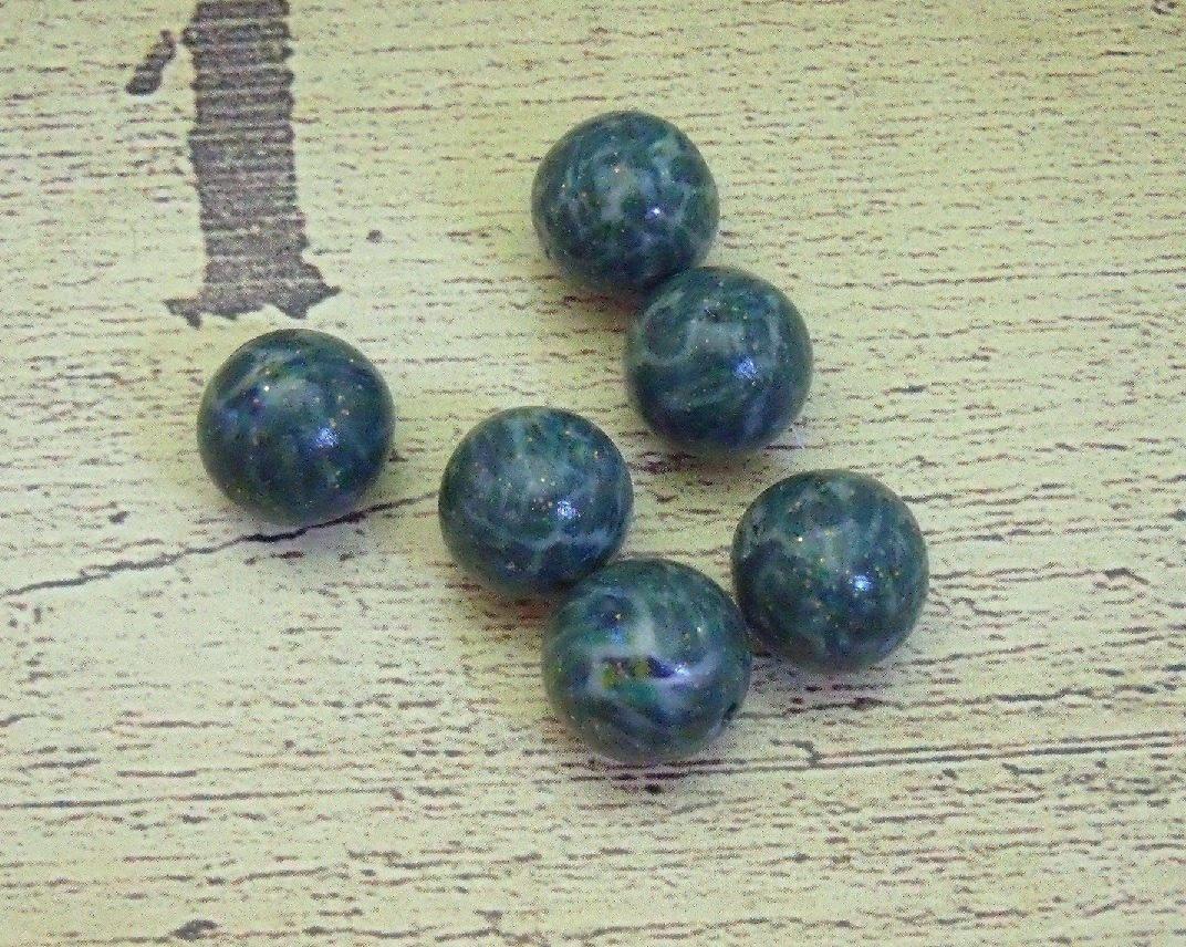 Lot de 6 perles jade, en pâte fimo, de 11 mm de diamètre.