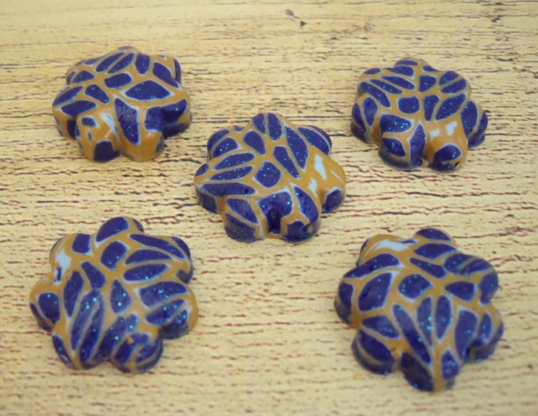Lot de 6 breloques étoiles blue dress, en pâte fimo, de 18 mm de diam