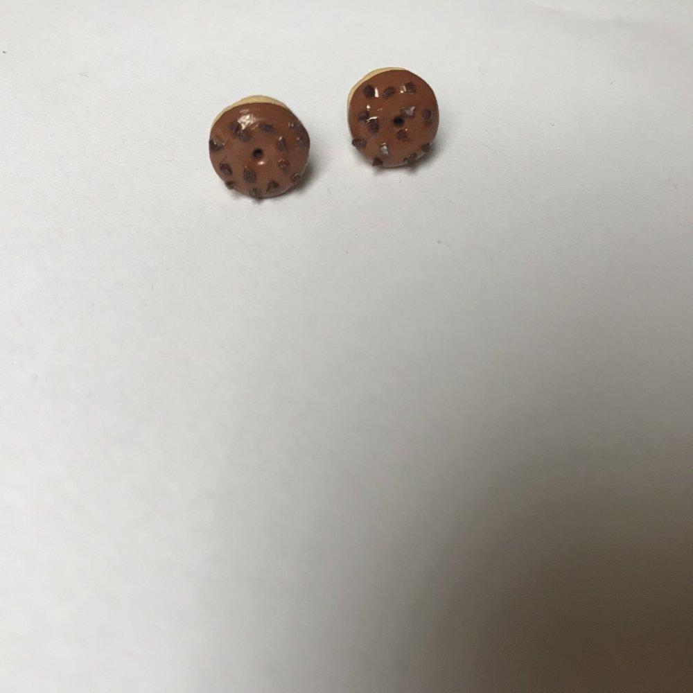 Puces donuts au caramel et pépites de chocolat