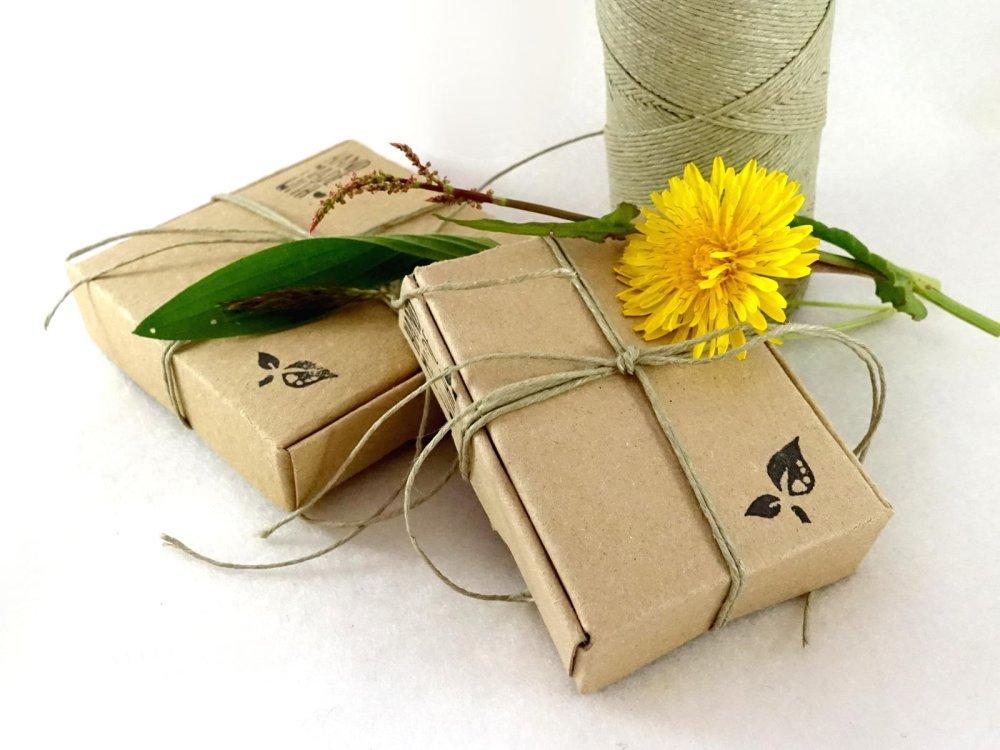 Boucles Marguerites, boucles d'oreille en bois avec fleurs pyrogravées