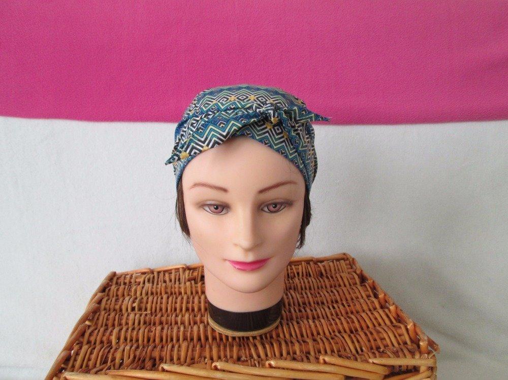 Foulard, turban chimio, bandeau pirate au féminin turquoise motif géométrique