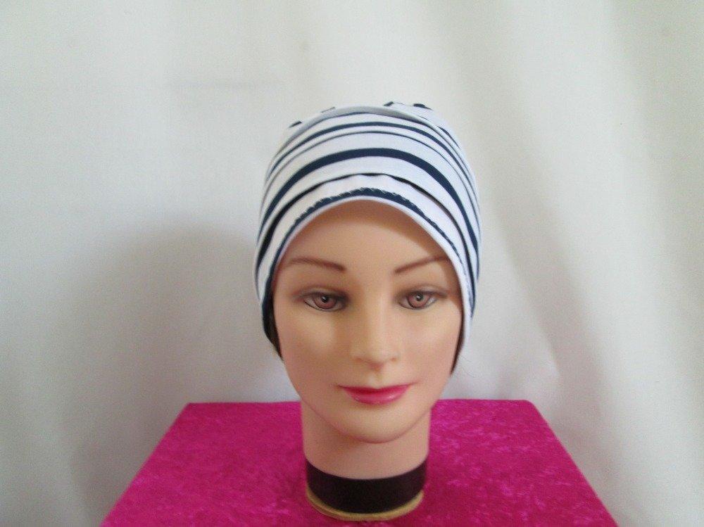 Bonnet chimio femme  en jersey léger rayé blanc  et bleu marine