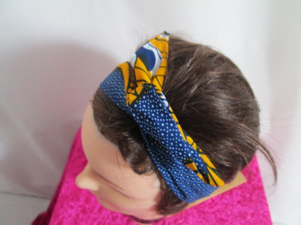 Bandeau vintage rigide bleu, jaune et blanc à motif africain