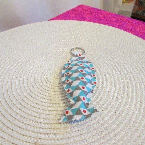Porte clef, bijoux de sac en toile cirée  turquoise, rouge, blanc et gris à motif géométrique