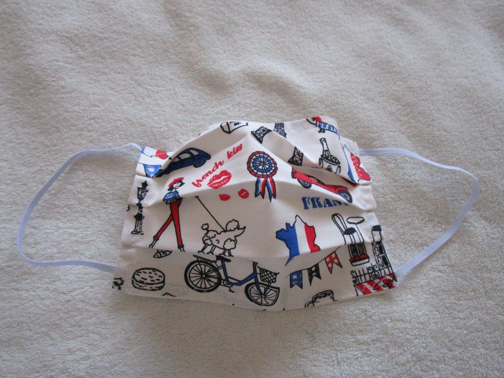 Masque de protection de couleur bleue,blanche, rouge et noire motif parisien : tour Eiffel, vélo, 2 CV