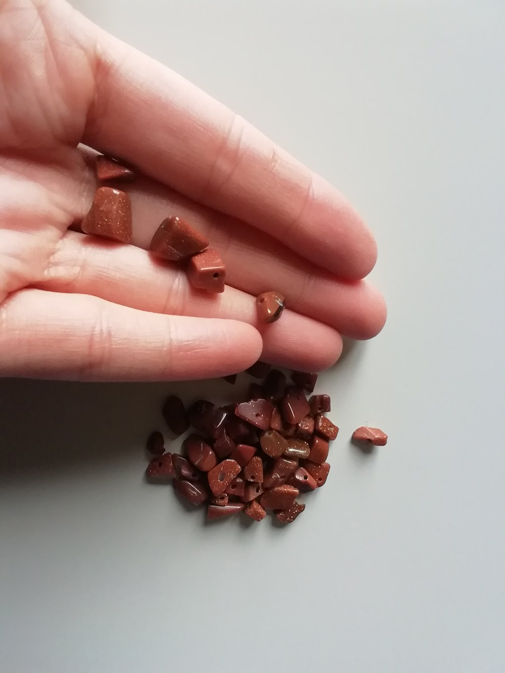 Lot 40 perles irrégulières chips pierre gemme pierre de soleil
