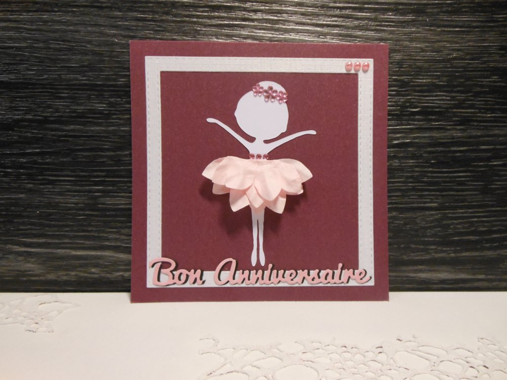 Carte anniversaire danseuse blanche fleur rose enfant fille