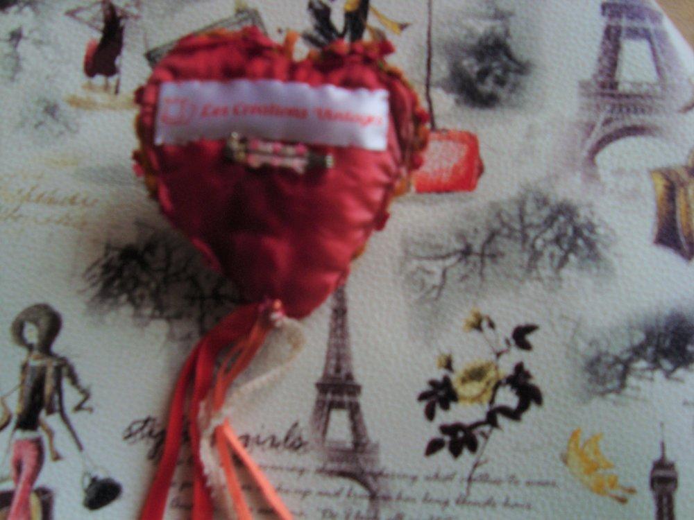Broche  st Valentin  bohème