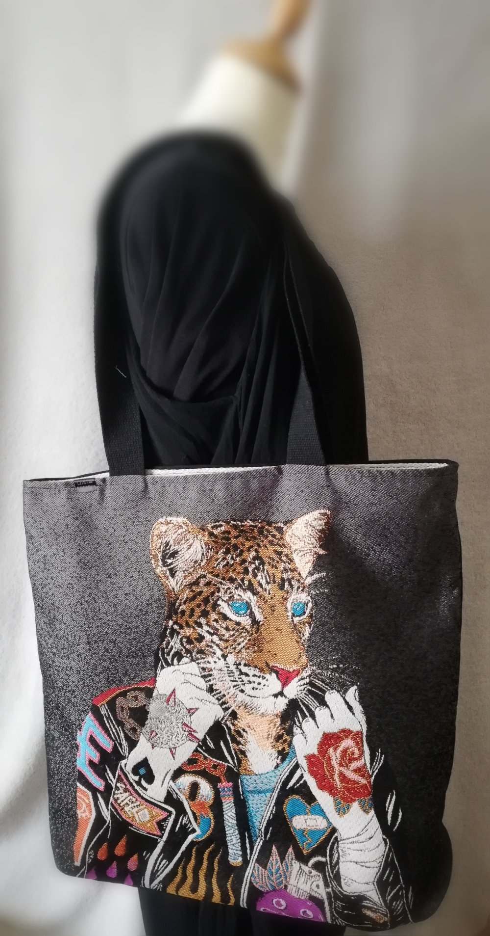 Grand tote bag, cabas de fabrication artisanale - modèle unique