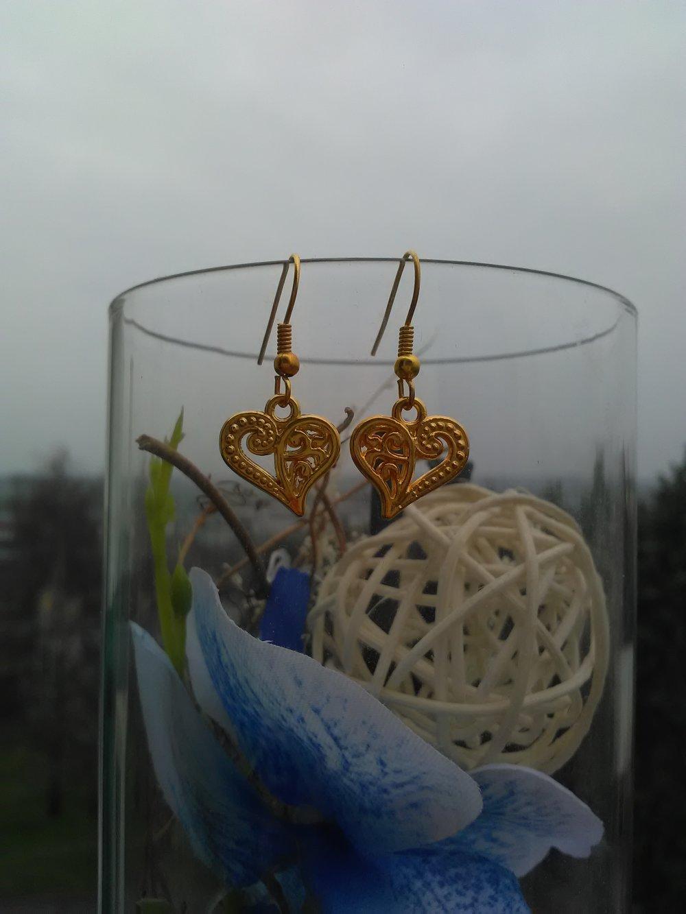 Boucles d'oreilles cœur simple doré