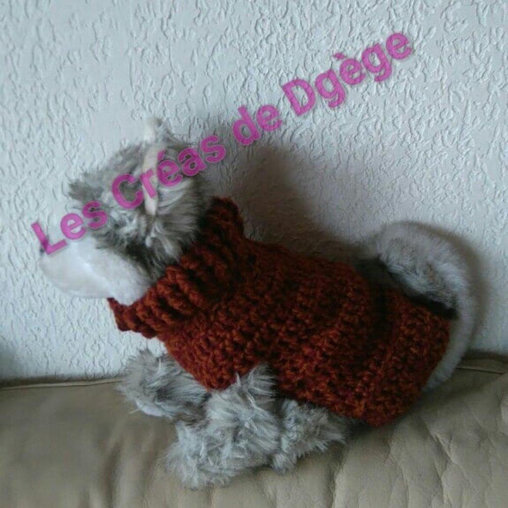 Pull petit chien taille S chiné bordeaux marron