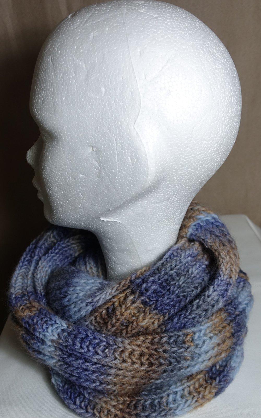 Col laine Katia bleu et marron