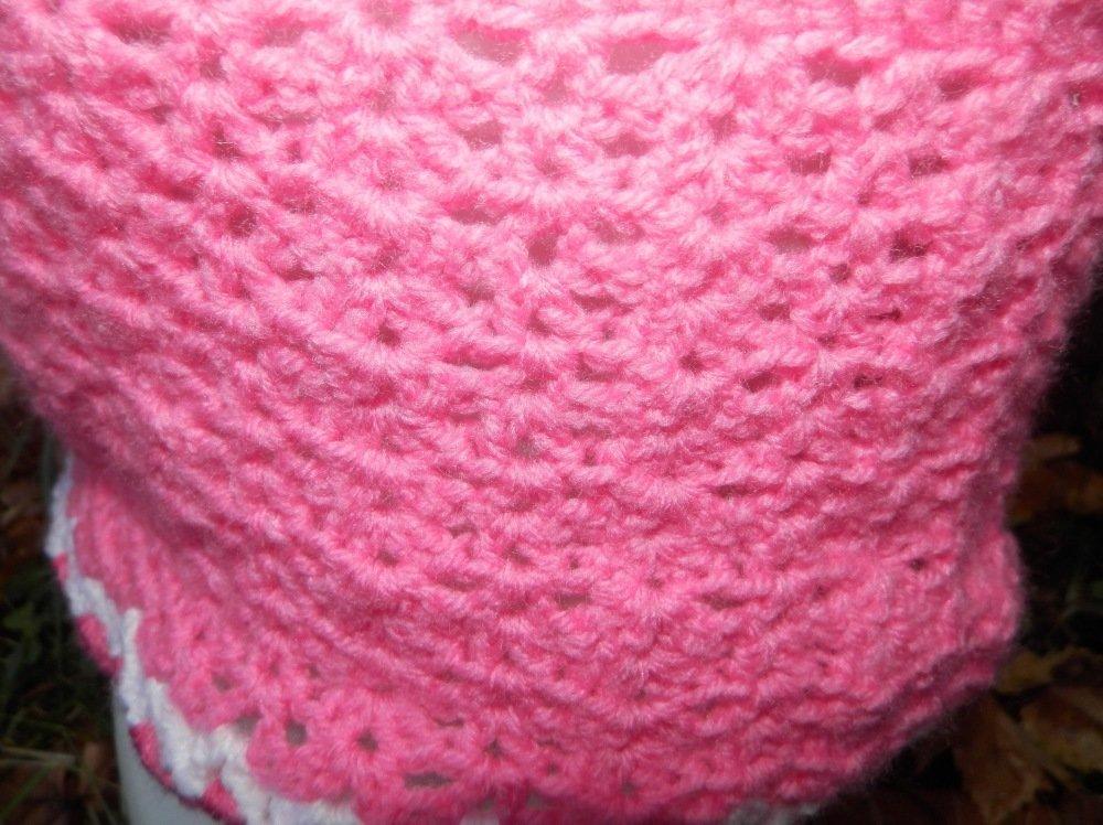 Veste crochetée tons pastel taille 2 ans