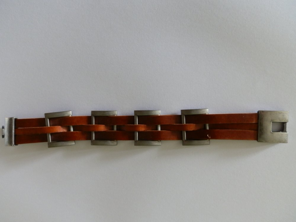 bracelet cuir avec fermoirs et boucles en acier antique vieilli