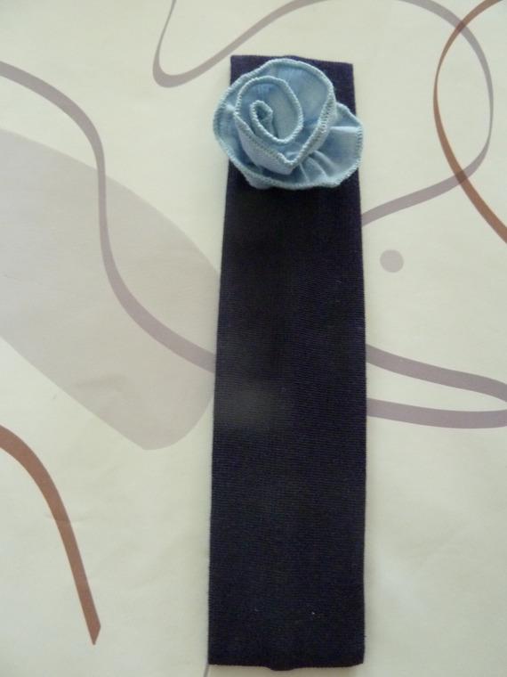 bandeau pour cheveux, bleu marine avec petite fleur bleu clair
