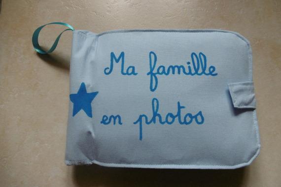album photos en tissu pour bébé ou jeune enfant (modèle bleu ciel uni )