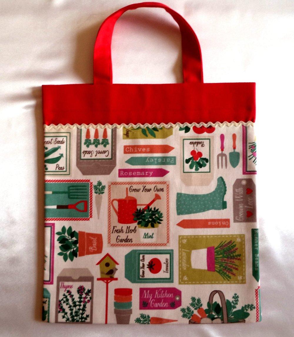 """Sac pour enfants """" le jardinage"""", sac de bibliothèque, sac- multifonctions , sac à doudous , fait-mains."""