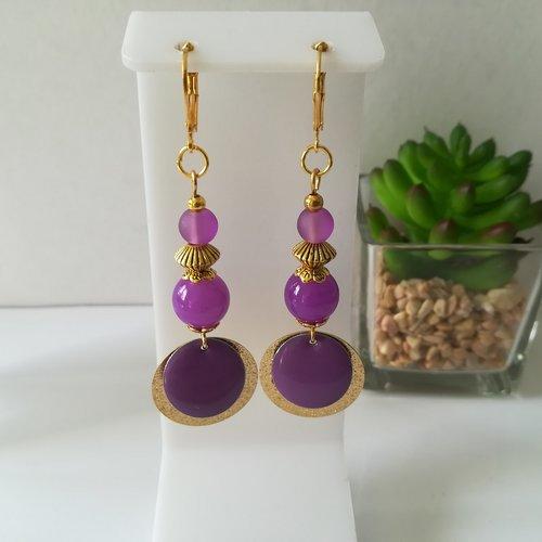 Boucles d'oreilles pendentif doré et perles violettes
