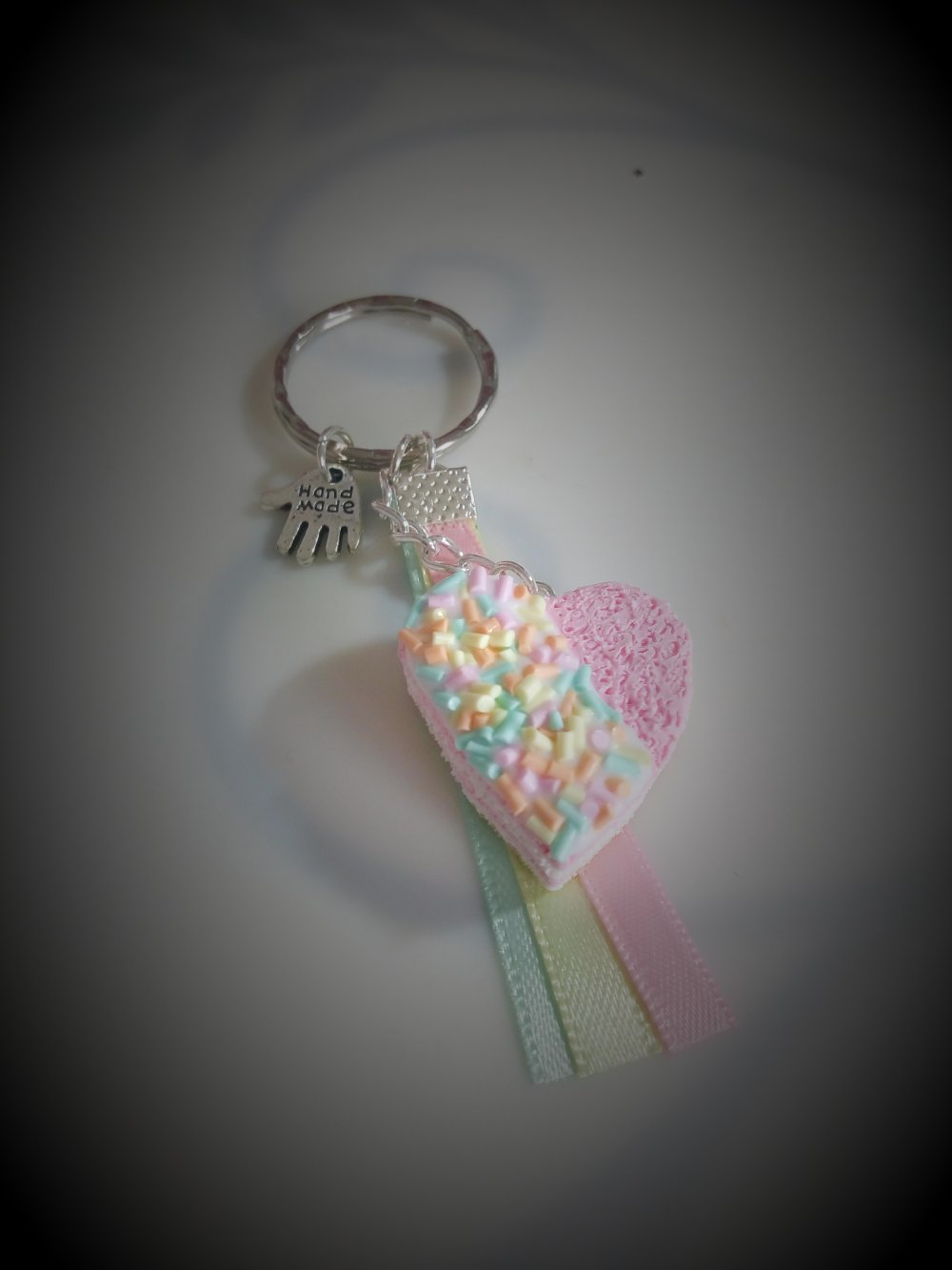 Porte clés gâteau cœur pâte polymère