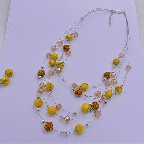Collier multi rangs sur fil câblé, perles verre, métal argenté, fermoir mousqueton, fait main