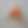 Boucles d'oreilles des tongs orange clair et blanc pâte polymère