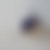 Boucles d'oreilles des tongs violet et blanc