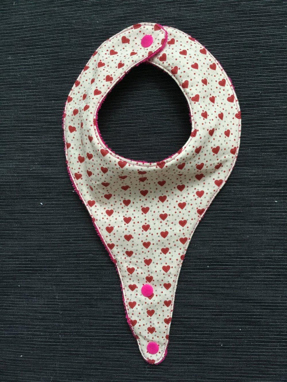 Bavoir attache tétine coeur rouge et fuchsia