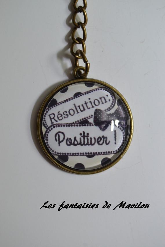 """Collier """"Résolution N°5"""", blanc à pois noir"""