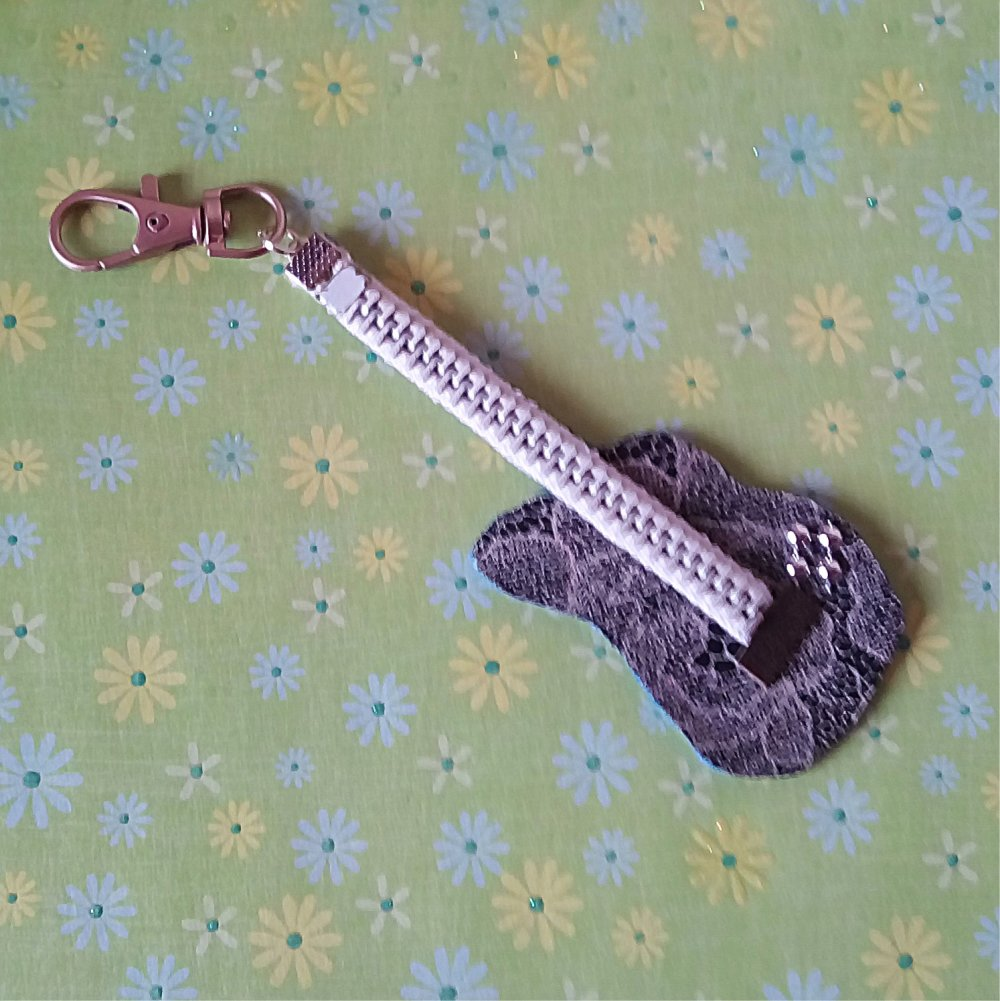 Bijou de sac guitare