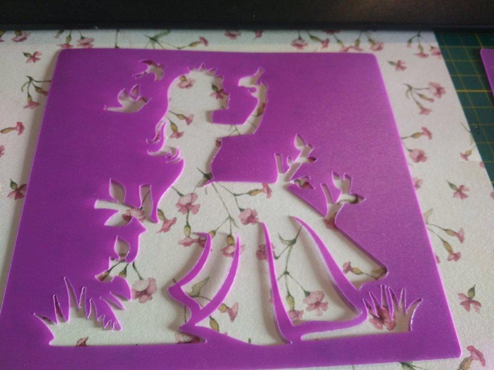 lot de 3 pochoirs en plastique dur avec motif princesse, cupcake et maquillage pour coloriage, carterie, peinture ou scrap