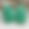 2 grandes perles bouddha vert d'eau  en corail de synthèse 28mm