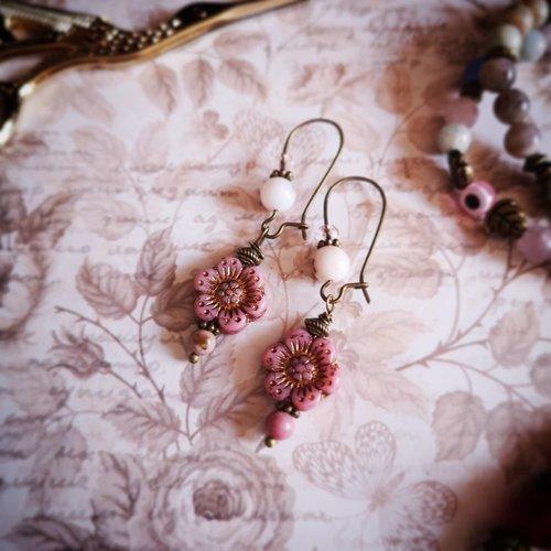Boucles d'oreilles boheme roses