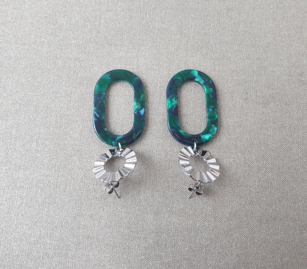 Boucles d'oreilles pendentif ovale acétate écaille de tortue vert et Clous d'oreilles ronds argenté