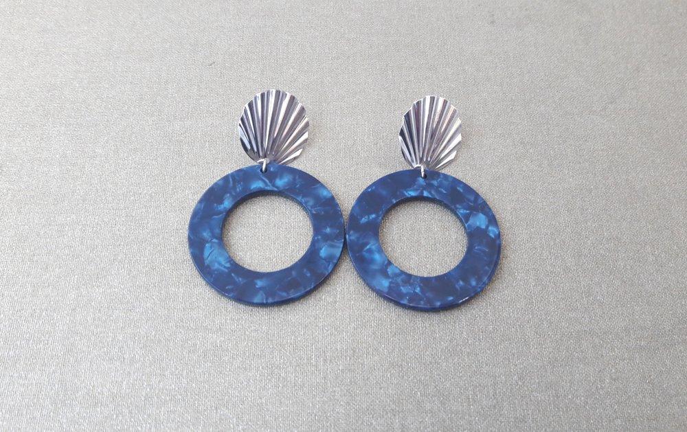 Boucles d'oreilles pendentif écaille de tortue bleu marine et Clous d'oreilles coquillage argenté