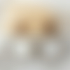 Boucles d'oreilles alice - créoles perles dorées et noires en résine - esprit vintage