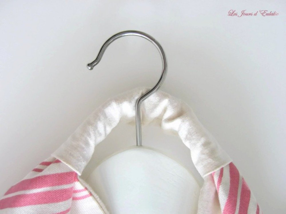 Grand sac cabas origami à rayures rose et crème.