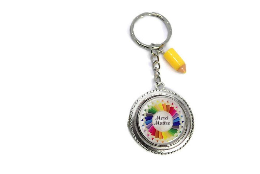 """Porte clés """"Merci maître"""", cadeau de fin d'année scolaire"""