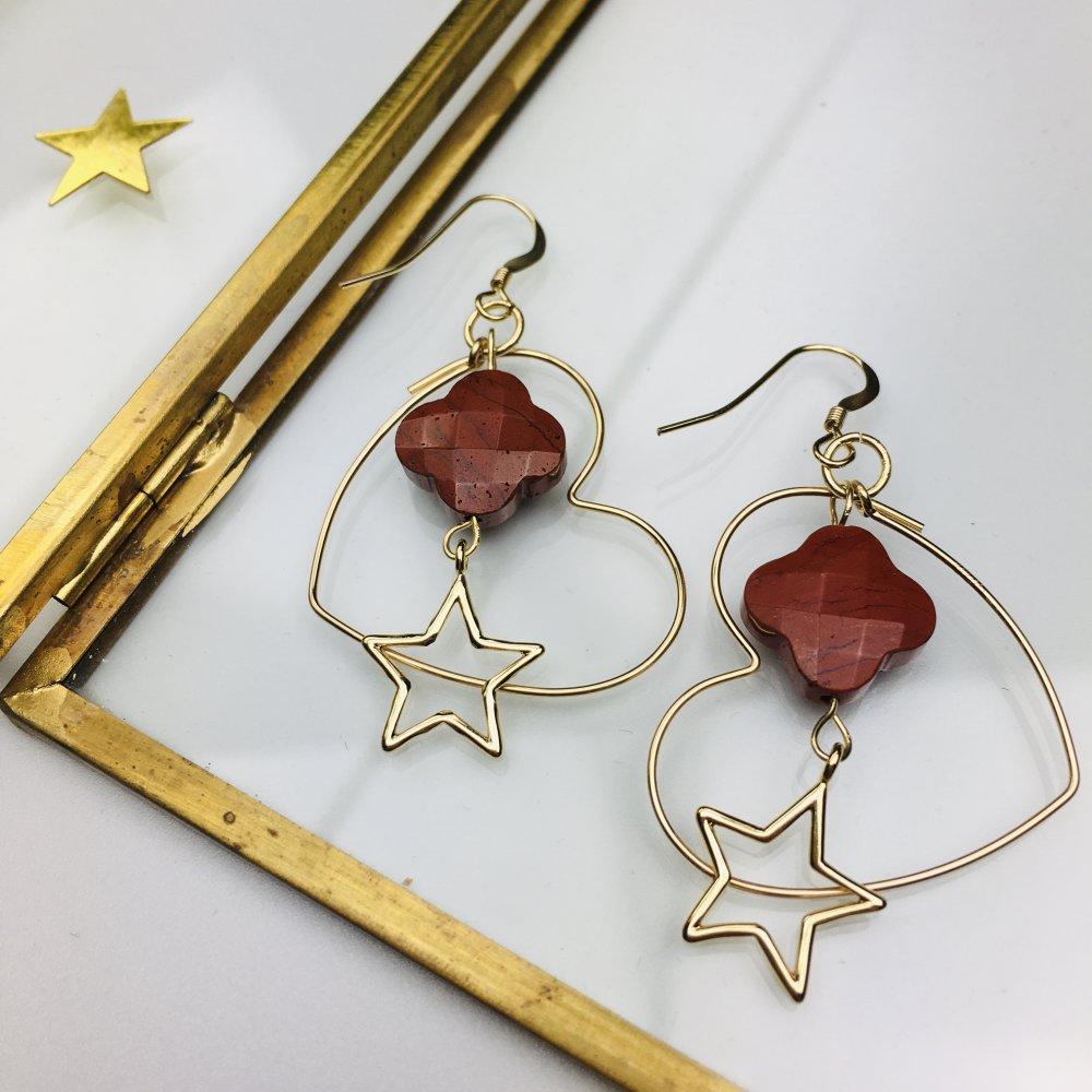 """Boucles d'oreilles créoles coeur gold filled 14K """"Joli Coeur"""" pierre jaspe rouge"""