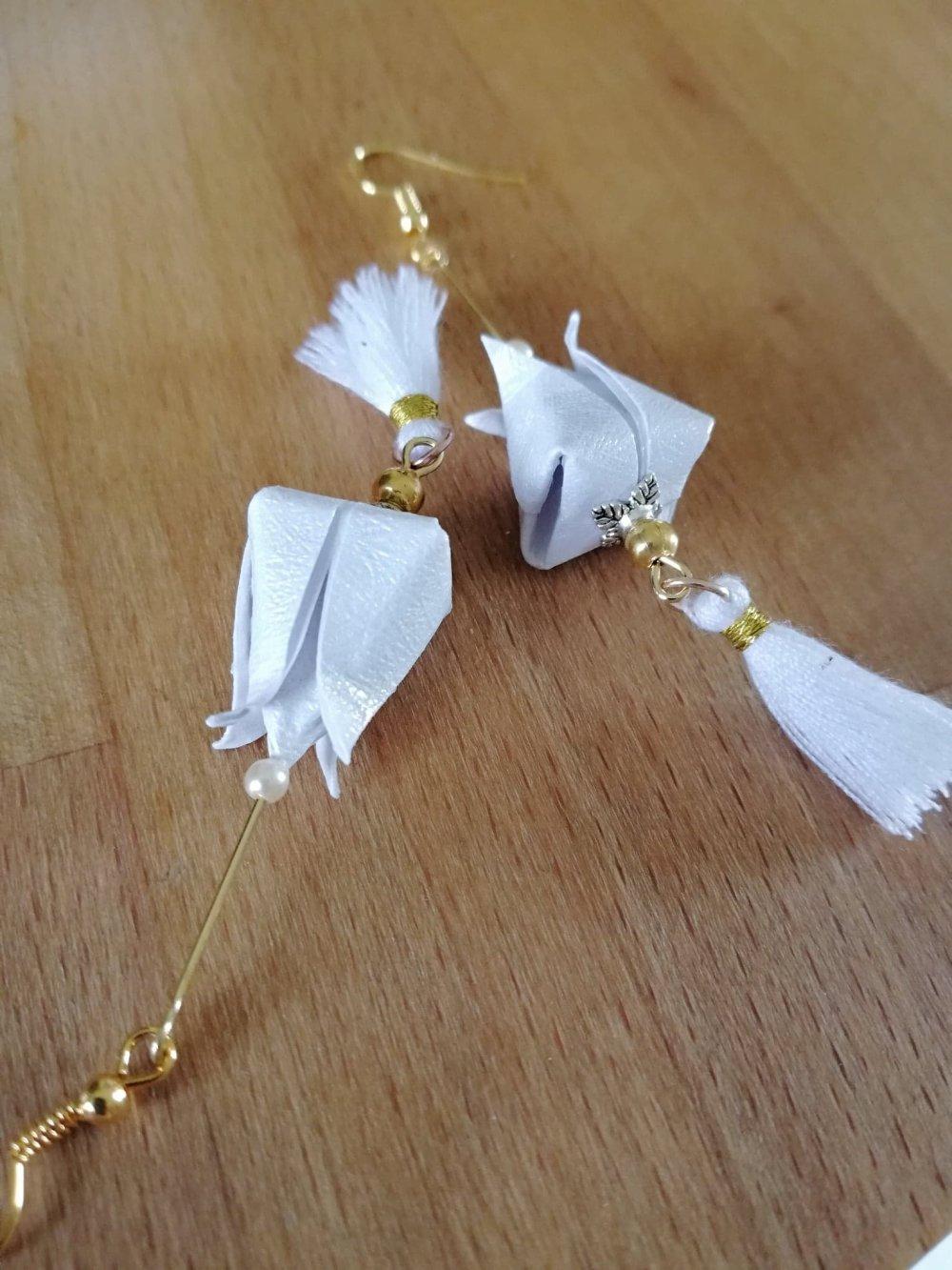 Boucles d'oreilles tulipes origami pompons