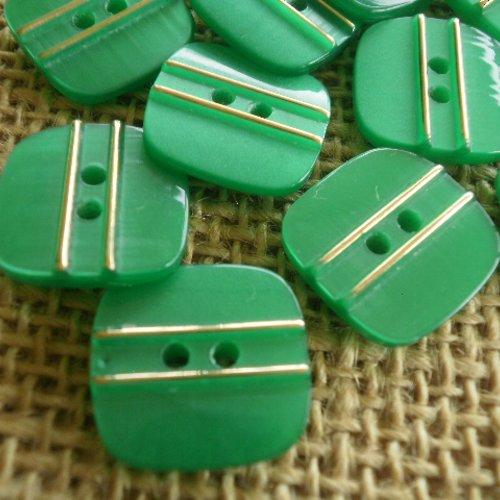 Mercerie lot de 5 petits boutons carrés plastique vert 8mm button