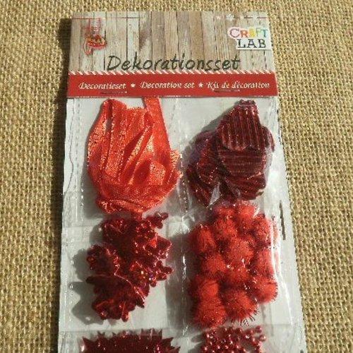 Assortiment d'embellissements pour le scrapbooking , coloris rouge