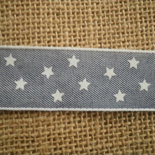 Deux mètres de ruban  , coloris gris chiné , motif étoiles blanches , largeur 25 mm