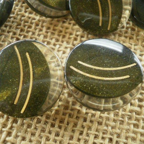 Boutons  ronds x 2 en plastique, coloris vert foncé ,  motif doré , diamètre 23 mm