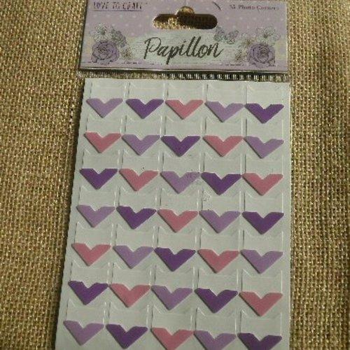 Plaque de 35 embellissements coins photos en carton , coloris rose , violet et mauve , taille 2 cm
