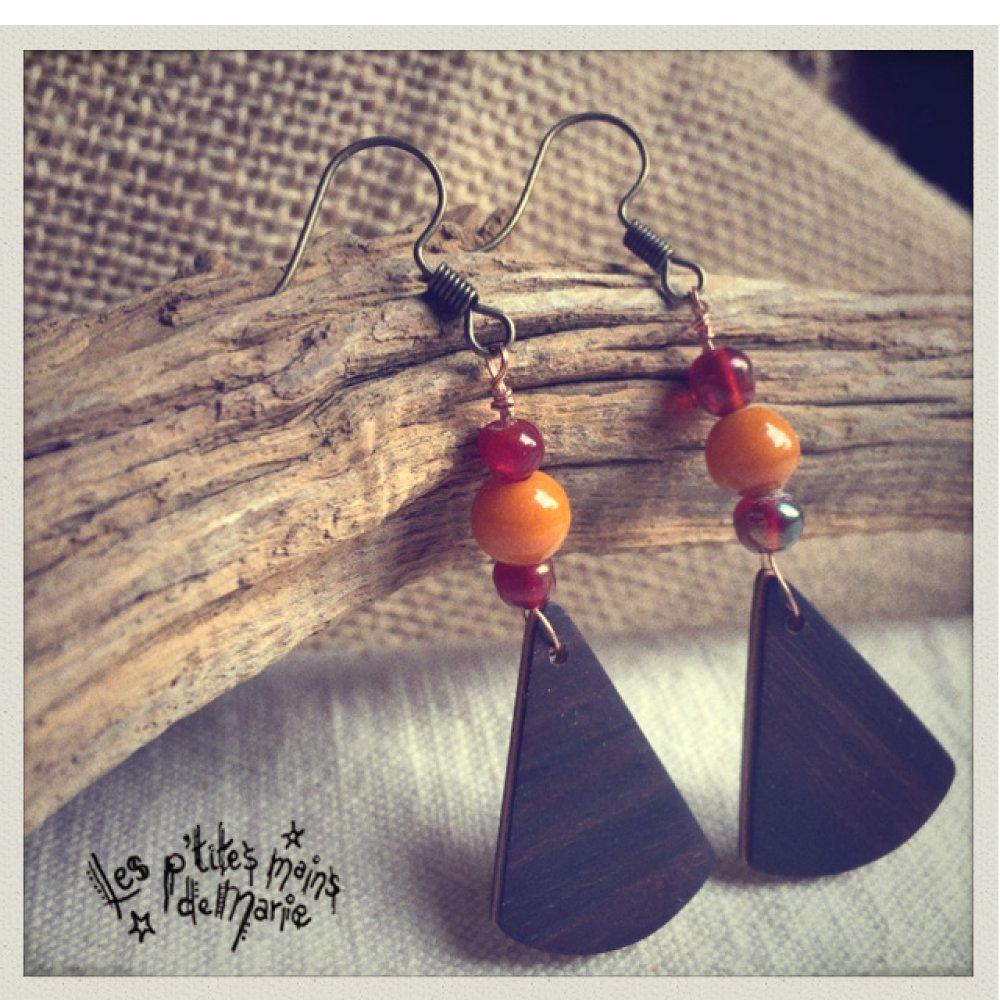 Boucles d'oreilles en bois, palissandre et perles en verre