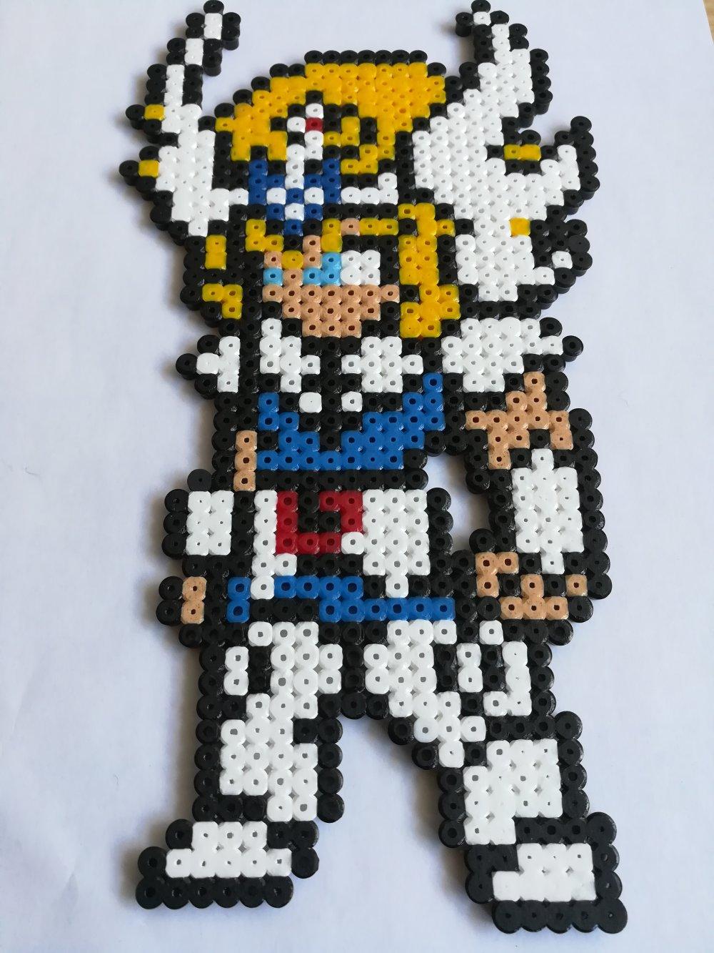 HYOGA Chevalier du Cygne - Chevaliers du Zodiaque - perles à repasser HAMA - Pixel Art - Geek Art